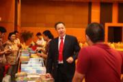 Diskusi dengan peserta sebelum seminar